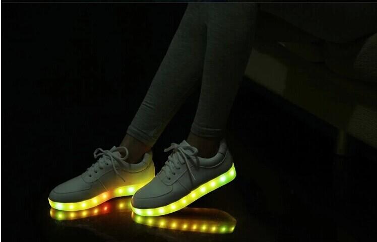 chaussure nike femme qui s'allume