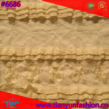 2012 Sell Well White Elastic Warp Knitted Ruffled Lace Fabric For Dress Design