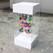 Wholesale White 5 Tiers Cheap Acrylic Jewelry Display Cases
