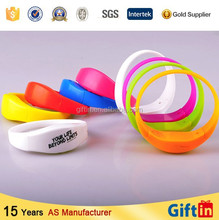 2015 Hot Sound actived Promotional Logo remote control led wristband