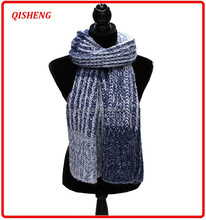 New arrival gradient ramp jacquard knitting pattern scarf with pocket