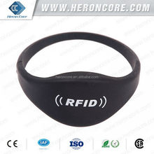 Alibaba china Crazy Selling low cost custom rfid silicone wristband