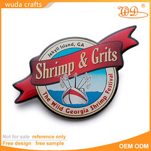 Gold plating pad printing epoxy round metal pin badge with butterfly on back