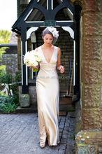 Latest 2015 Elegant Champagne Sheath Floor Length Wedding Dresses Sexy V-Neck Sleeveless Satin Long Bridal Gown