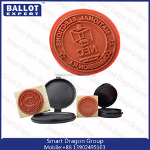 Jyl marca de madeira do selo de gravação para a eleição 2015