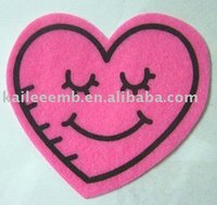 Red Heart Embroidery Patches and Badges(vivid,lovely and suitable for clothing)