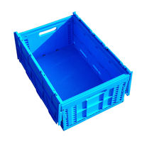Folding and collapsible plastic crate with lid