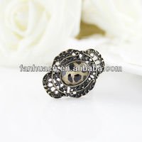 Fashion Jewelry hollow out flowers leopard vintage ring