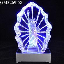 Fábrica venta al por mayor del vidrio cristalino K9 estatua de la libertad