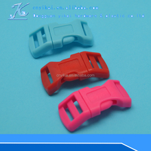 Small plastic dual adjustable quick release strap buckle