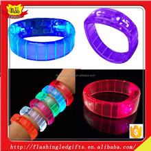 Unique LED glowing plastic bracelet party favor Flashing Led Light Up Blinking Led Bracelet Party Favor