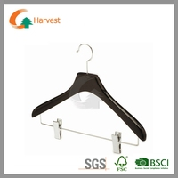 GCW011 luxury black hanger with chrome clips