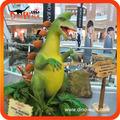 Desenhos animados engraçados e modelo de dinossauro interativo