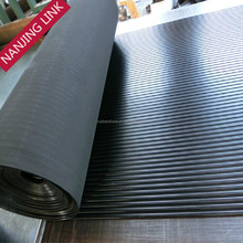 Super quality board ribbed outdoor rubber matting provide oil resistance and anti slippery
