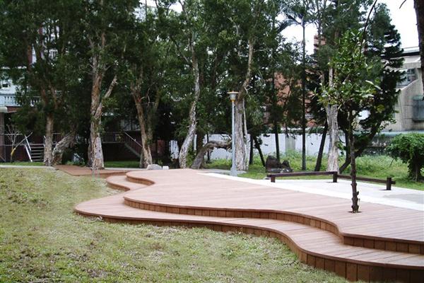 140*25 미리메터 중국 저렴한 목재 목재 플라스틱 복합 갑판, 정원 ...