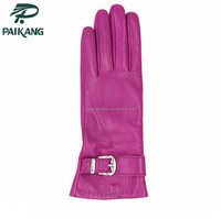 Fashion pink color lady gloves with metal accessories