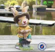 el último de la resina de conejo jardín decoraciones