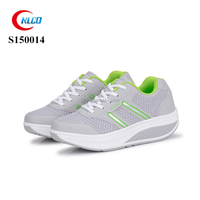 New style wholesale thick sole breathable running sneaker shoe