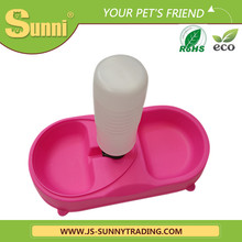 Wholesale plastic dog travel water bottle /pet feeding bowl/dog drinker bottle