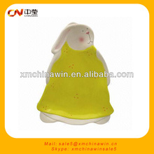 Yellow rabbit design souvenir ceramic plates