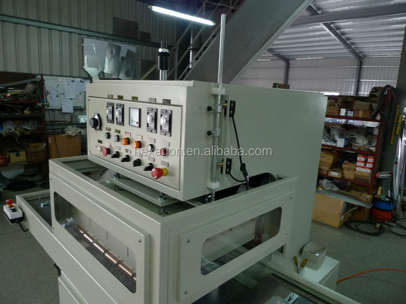 Clamshell Packaging Machine Plastic Clamshell Packaging