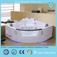 2015 newest massage whirlpool sitting square sex bathtub