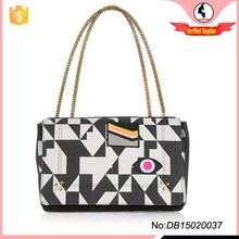 New product lady single shoulder Clamshell bag with chain handles