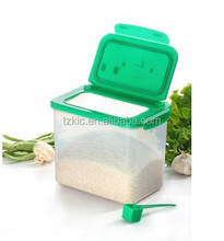 Plastic Pet Food Containers