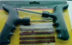 Tyre repair tool / hand tire repair kit