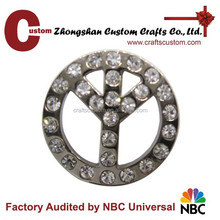 Cut out wheel cheap metal badge without pin