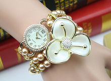 xmas gift 2015 fashion christmas gift with Santa pendant bracelet watch