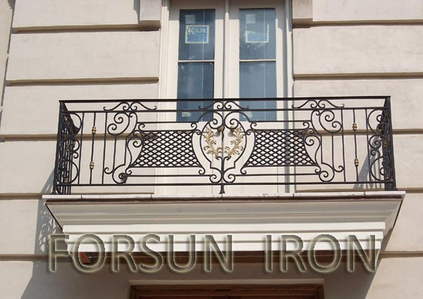Balcony stainless steel railing design buy stainless for Stainless steel balcony grill design