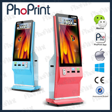 Free standing digital signage lcd tvs led advertising machine with camera vending barcode photo kiosk for advertising