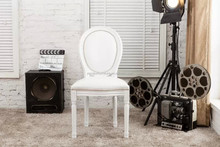 white wooden louis chair,white luxury aluminum louis banquet chair,White wash finish solid wood frame and legs/YJ-234