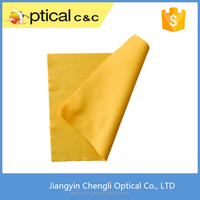 Synthetic chamois lens cleaning cloth