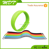 New design smart wristband pedometers ,wifi bluetooth smart bracelet for IOS&android