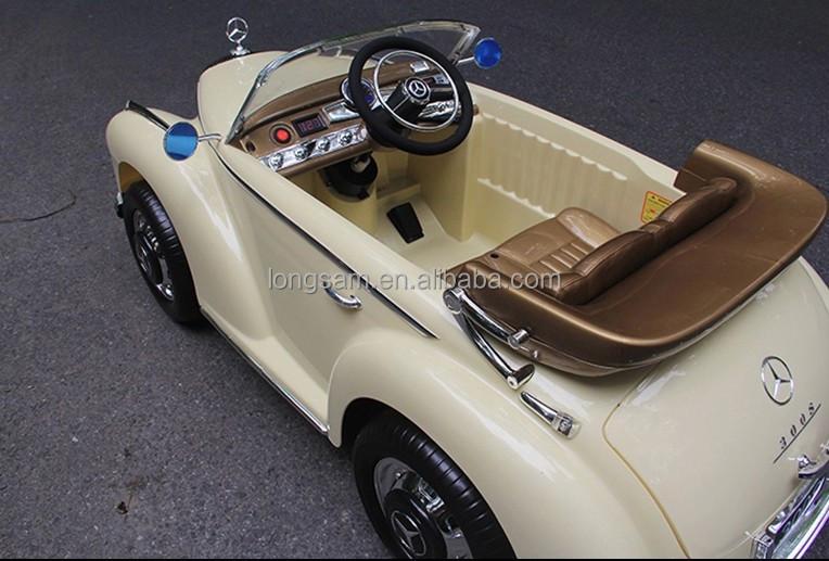 enfants tour sur la voiture lectrique de jouet de voiture. Black Bedroom Furniture Sets. Home Design Ideas