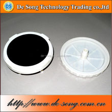 Oxygen diffuser for waste water treatment