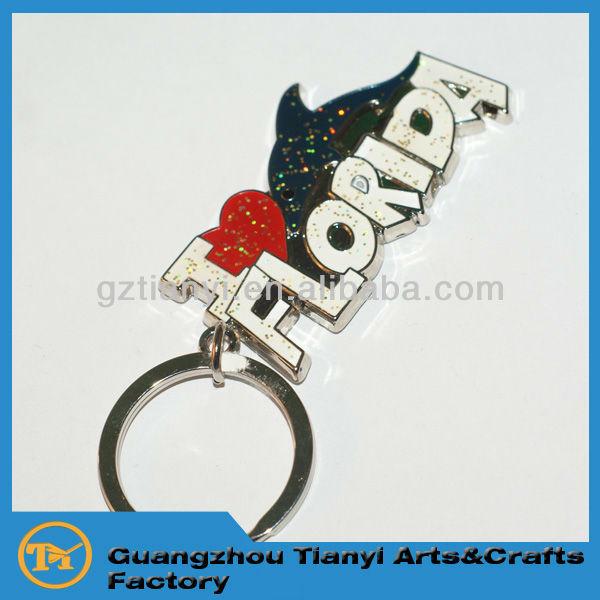 2015 Fashionable wholesale custom souvenir alphabet metal key chain