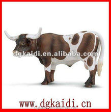 Hot sale Eco-friendly 3D plastic animal cow figurines toy