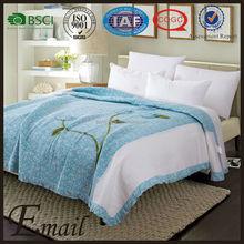 2015 New design discoid flowers applique quilted duvet cover mircrofiber quilt