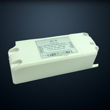 dimmable TRIAC 9w led driver compatable with leading edge or trailing edge led dimmer