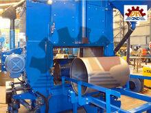 First Class Quality Gas Cylinder Shot Blasting Machine /Metal Hook Through Shot Blast Machine