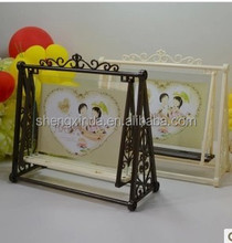 2015 new design Cartoon swing mental photo frame with factory price