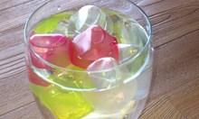 2016 new products BPA FREE colorful ice cubes, different fruit shape plastic ice cubes,ice cube led