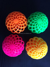 2015 new launch Honeycomb hole TPR rubber bounce ball flashing skip ball squish ball