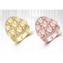 Europe and the United States Fashion High-grade Opals Diamond The Environment Friendly Alloy Tat Ring