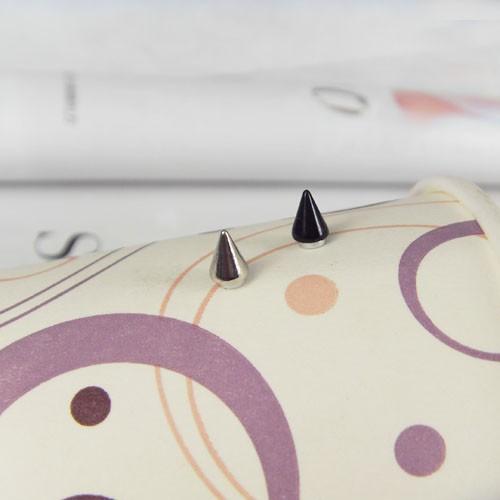Серьги-гвоздики Brand New 4 8 MF00SE016