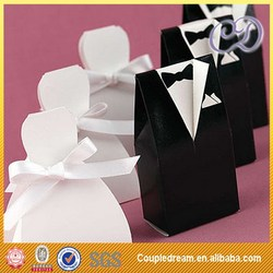 Low Price Hot-Sale Bride and Groom Wedding Favor Box in China