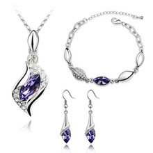 06-6006 Silver clavicle diamond jewelry vintage inspirational set